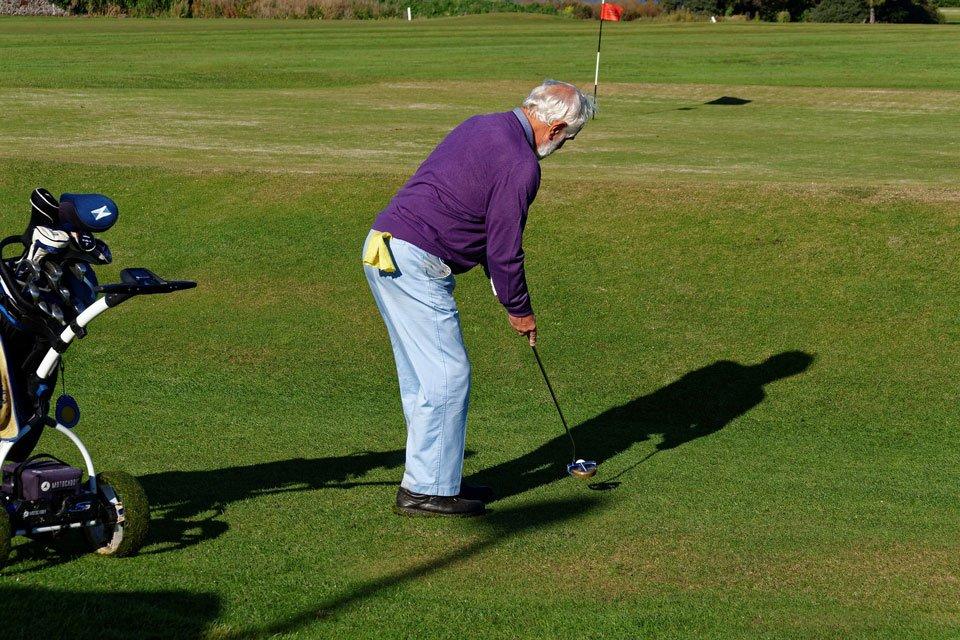 Best-golf-irons-for-seniors