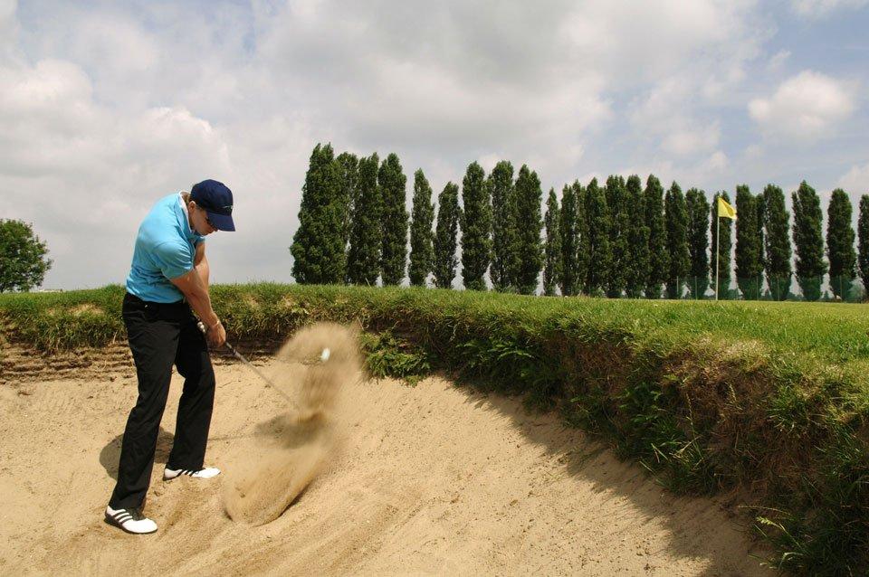Golf Club used in Bunker
