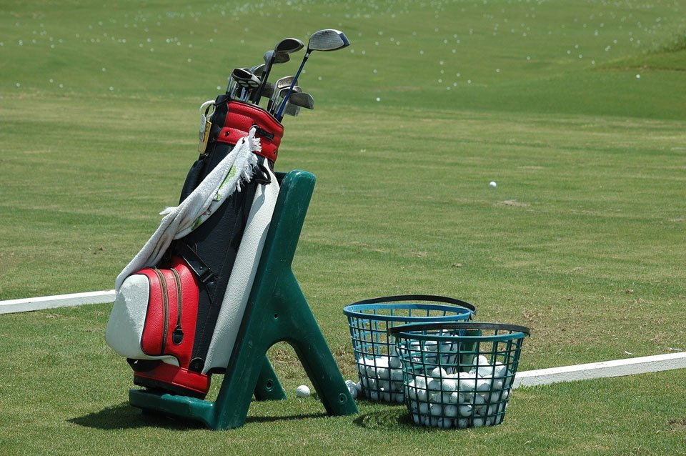 How-to-get-better-at-golf-without-lessons