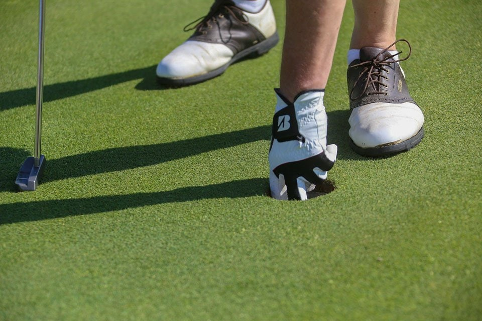 best-golf-shoes-for-wide-feet